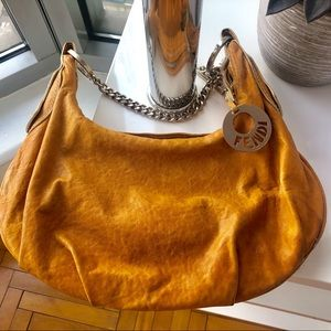 VINTAGE FENDI CRACKED TAN LEATHER HANDBAG!!!